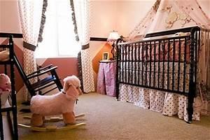 Babyzimmer Für Mädchen : fotos zum thema einrichtung des babyzimmer beispiele ~ Sanjose-hotels-ca.com Haus und Dekorationen