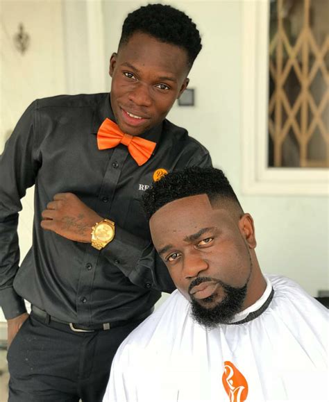 meet  talented barber  gave shatta wale