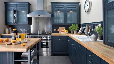 repeindre sa cuisine en noir esprit rustique pour une cuisine de charme diaporama photo