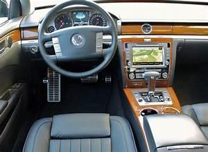 Volkswagen Phaeton Occasion : file vw phaeton 3 0 tdi 4motion tarantellaschwarz interieur jpg wikipedia ~ Medecine-chirurgie-esthetiques.com Avis de Voitures