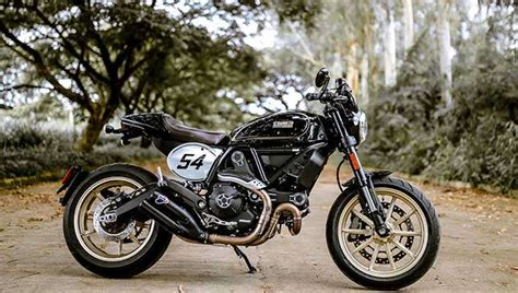 Ducati Scrambler Cafe Racer Relives Retro Era