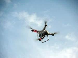 Test Drohnen Mit Kamera 2018 : lll drohnen vergleich neu aktuelle quadrocopter 2018 ~ Kayakingforconservation.com Haus und Dekorationen