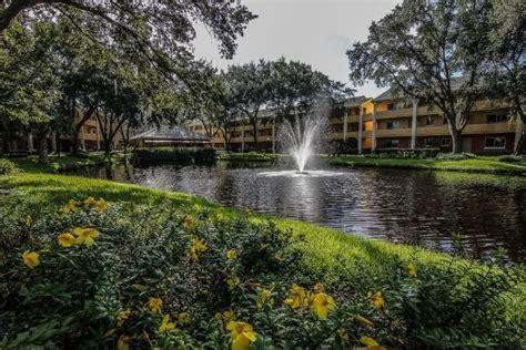2 Bedroom Villas In Orlando by 2 Bedroom Villas In Orlando Water Park Hotels Orlando
