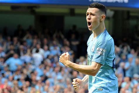 Phil Foden's First Premier League Goal Helps Manchester ...