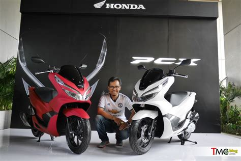 Pcx 2018 Repsol by All New Honda Pcx Dipilih Jadi Bike Of The Year 2018 Oleh