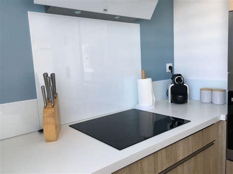verre credence cuisine décoration cuisine aude 11 crédence verre blanc