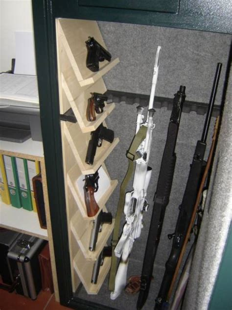 armadietti blindati per armi armadio blindato modello 14 posti mercatino delle armi