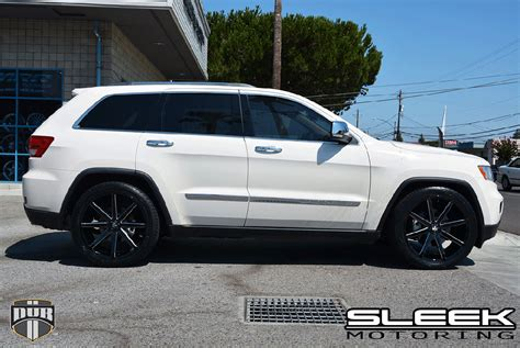 white jeep grand cherokee wheels ride in style with this jeep grand cherokee with dub wheels