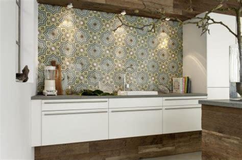 Kueche Fliesen Wandfliesen by Via Wandfliesen Zementmosaikplatten F 252 R Die Wand