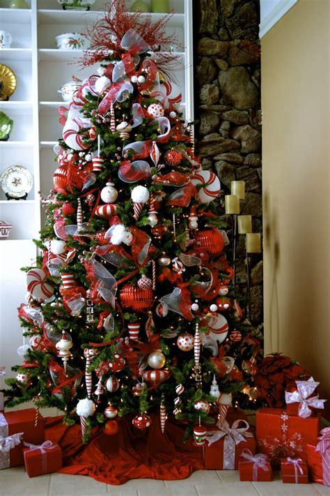 and white christmas theme red and white christmas tree theme by chynna girl productions hawaii christmas decor