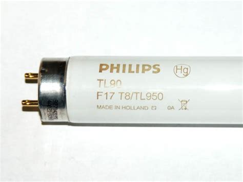 philips 17 watt 24 inch t8 bright white fluorescent bulb