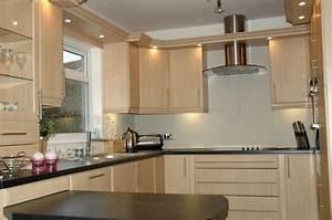 David Rawlins Kitchens Windows 6 Oakeneaves Avenue