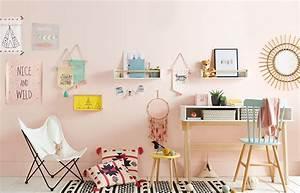 Décoration Murale Chambre Fille : quelques id es de bureau pour une chambre de fille studieuse ~ Teatrodelosmanantiales.com Idées de Décoration