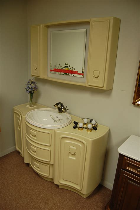 Retro Bathroom Fixtures by World Of Tile Vintage Nos Sinks Mirrors Lighting
