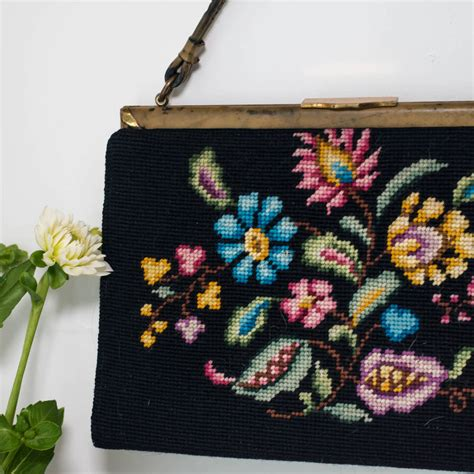 vintage floral cross stitch handbag  iamia