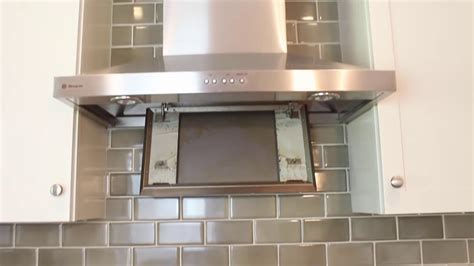 How to Clean a Greasy Range Hood and Filter (AMAZING