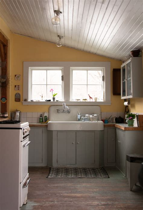 restaurant kitchen design two artists find home in a charm filled 1900 farmhouse 1900