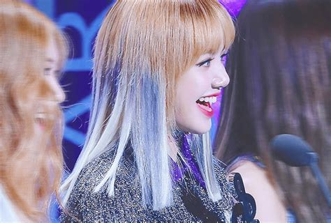 times blackpink lisa changed  hairstyle  debut