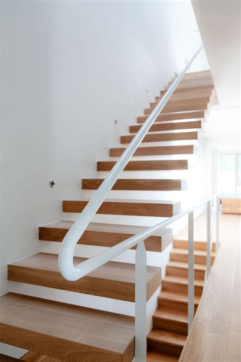 treppe holz contemporary wooden house design larix home building furniture and interior design ideas