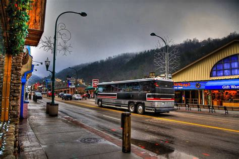 pictures  gatlinburg tennessee   smokies