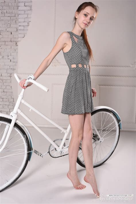 Lapa Favorites Skinny Teen Removes Her Dress After Cycling