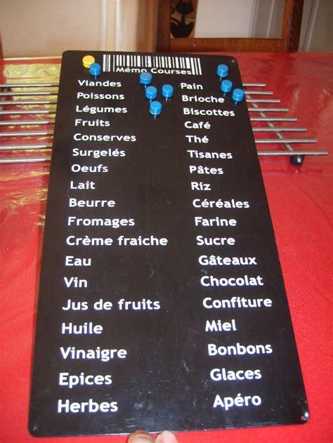 tableau cuisine photo tableau aimanté pour faire sa liste de courses n
