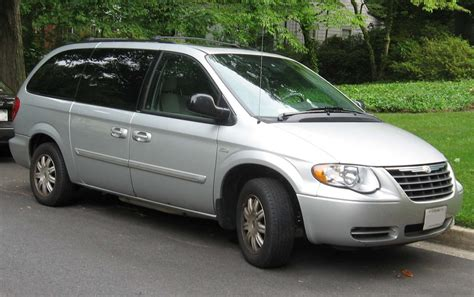 For Chrysler Town And Country by 2000 Chrysler Town And Country Information And Photos