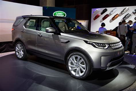 land rover discovery review ratings specs prices