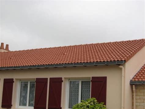 Renovation Toiture Tuile Beton by Nettoyage Et Peinture De Toit 224 Herblain 44800