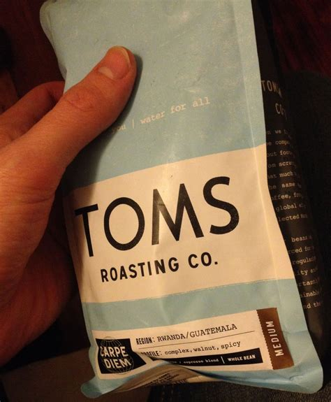 Tom n toms coffee, μπανγκόκ: TOMS Expanding Into $100 Billion Coffee Market - Business Insider