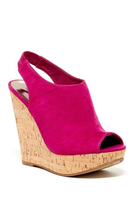 Pin by Mascha van Zijverden on Wedges | Peep toe shoes ...