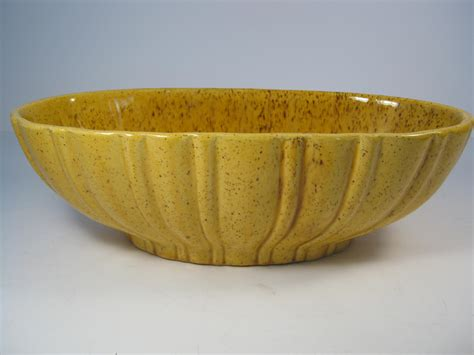 Haeger Pottery Ls Vintage by Vintage Yellow Gold Haeger Pottery Bowl Yellow Brown