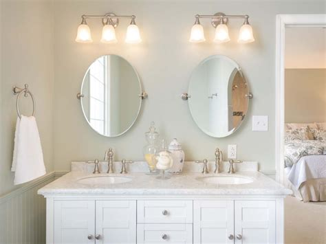 Ideas Of Best Bathroom Lights Over Mirror