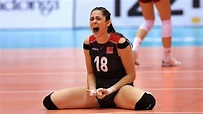 Zehra Gunes   Beautiful and Talented Volleyball Player (HD) - YouTube