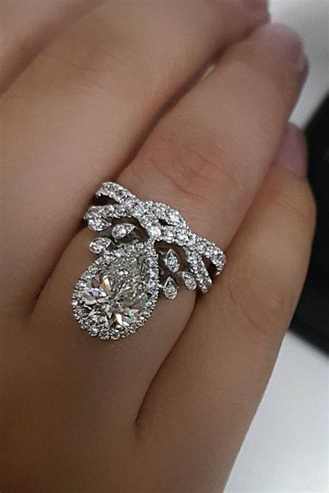 27 unique engagement rings that will make happy oh so