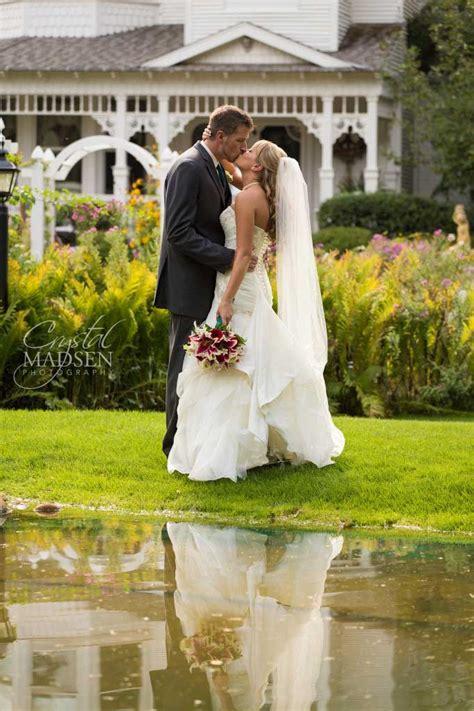 stunning wedding crystal madsen photography