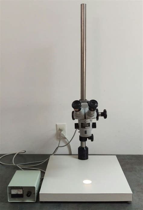 zeiss microscope opmi  stereozoom surgical operating
