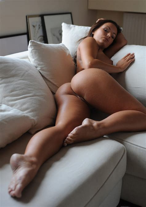 Booties On The Couch Booty Of The Day