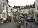 File:View down Church Street, Modbury, South Hams, Devon ...