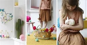 pompons en tissu laine papier marie claire With tapis chambre bébé avec bouquet de fleurs noel