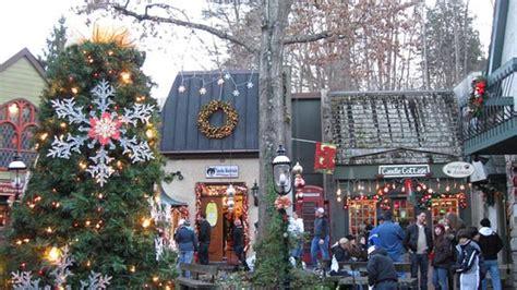thanksgiving  christmas  gatlinburg cabins
