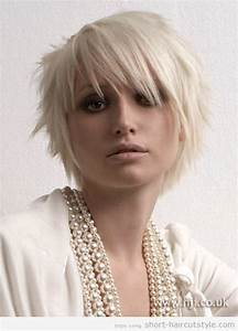 Coupe De Cheveux Tete Ronde : coupe de cheveux figure ronde coiffures coupes cheveux cheveux courts et coiffure ~ Melissatoandfro.com Idées de Décoration