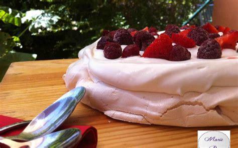 pavlova aux fruits rouges la recette inratable