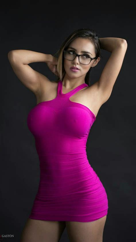 Pin On Girls In Really Tight Dresses