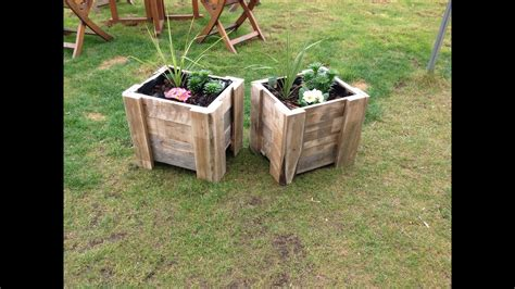 building  pallet planter youtube