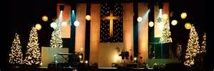 Image of: Wooden Banner Drop Church Stage Design Idea The Way To Make Church Stage Design