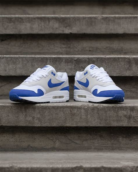 nike air one weiß nike air max 1 og royal blue release reminder wave 174