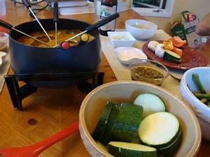 Dips Zum Fondue : coq au vin fondue and dipping sauces ~ Lizthompson.info Haus und Dekorationen