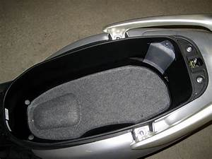 Honda Lead 110 : file honda lead 110 underseat jpg wikimedia commons ~ Dallasstarsshop.com Idées de Décoration