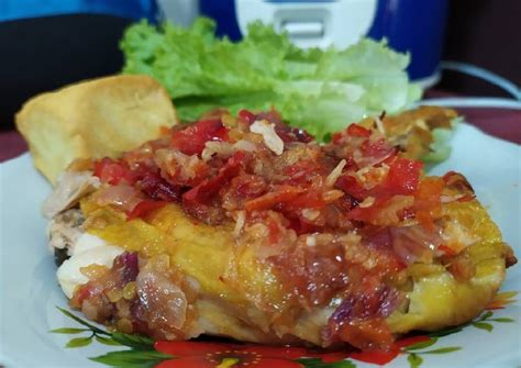 Makanan ini pun telah menjamur di jakarta. Resep Ayam Geprek Sambal Bawang #cleaneating oleh @solihahoney - Cookpad